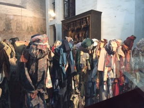 Cloth display