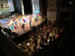 Curtain all for total cast