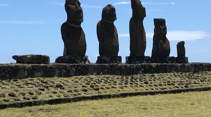 Day 7-8: from the Mountain to the Sea…Macchu Picchu to Isla de Pascua
