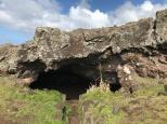 Akahanga Cave